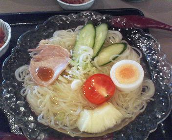 冷麺で〜す\(^O^)<br />  /