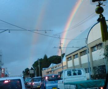 虹が出ていました☆